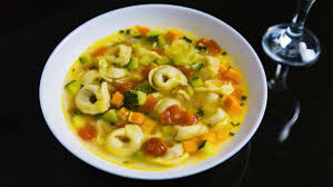 Суп с цукини и тортеллини