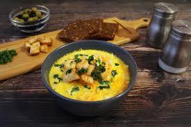 Сырный суп с жареной вермишелью