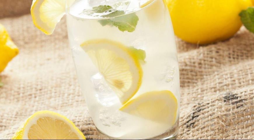 Компот из лимона в мультиварке
