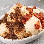 Домашнее мороженое с маскарпоне и солёными топпингами