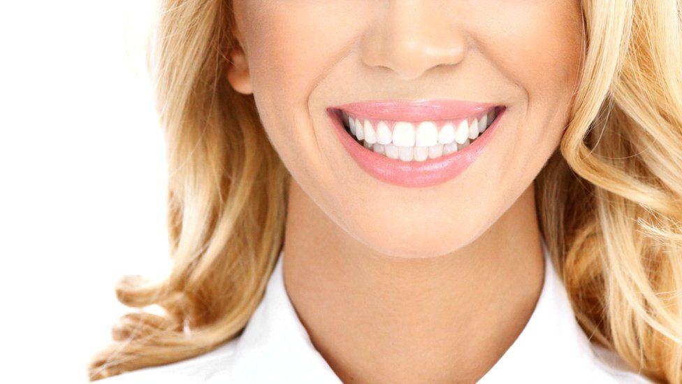 Отбеливание зубов: способы