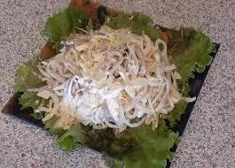 Салат с кальмарами «Нежный»