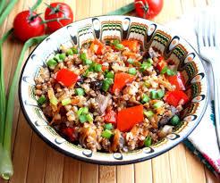 Вегетарианская гречка с овощами