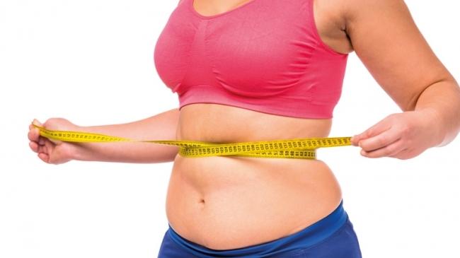 Вес не уходит: 7 признаков того, что в рационе слишком много сахара