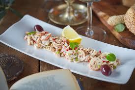 Хтаподи салата ( салат из осьминога)