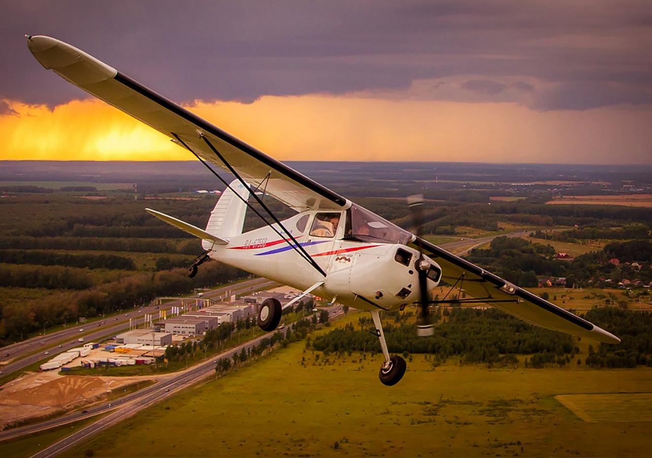 Полет на самолете как средство для развлечения