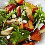 Салат с печёной тыквой и куриным филе