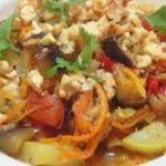 Овощное рагу с орехами