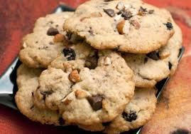 Печенье с шоколадом и миндалем