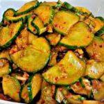 Легкий салат из огурцов по-корейски
