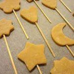 Печенье на шпажке