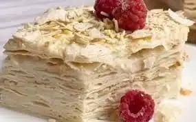 Торт из лаваша с малиной